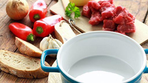 Benefits of Using a Ceramic Cookware Set